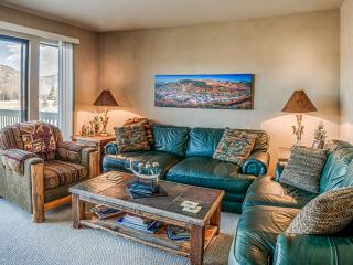 Cozy Condo on Golf Course with Private Hot Tub - Park City vacation rentals