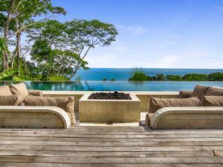 Casa Bellavia, Sleeps 6 - Dominical vacation rentals