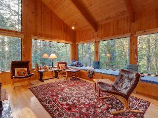 Charming forest lodge w/ private hot tub, sauna & fireplace! Shared pool access! - Sea Ranch vacation rentals