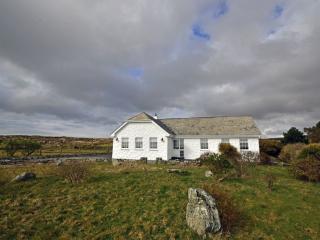 Cottage 201 - Claddaghduff - Cottage 201 Claddaghduff - Claddaghduff vacation rentals