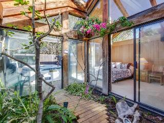 Near Stengel Beach w/ a hot tub and garden atrium! - Sea Ranch vacation rentals
