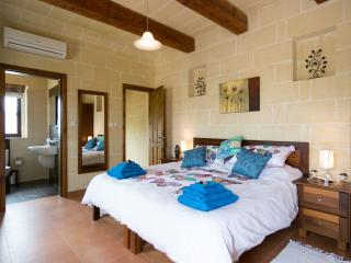 Tranquility bed and breakfast with outdoor pool - Xaghra vacation rentals