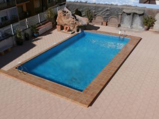 Bright 2 bedroom Alcossebre Apartment with Garden - Alcossebre vacation rentals