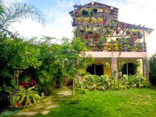 OLON Casa 300m2!!!  99€ Dia/Day (Mes/Month=2337€) - Santa Elena vacation rentals