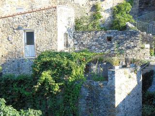 Maison de charme à Pezilla de Conflent - Ansignan vacation rentals