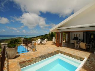 """MON REPOS"" in Rodrigues w. pool, 5 min to Gravier - Coromandel vacation rentals"