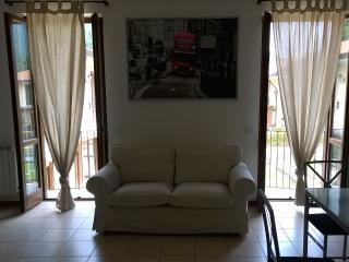 27 Lake Garda Salo', apt two bedrooms garage - Roè Volciano vacation rentals