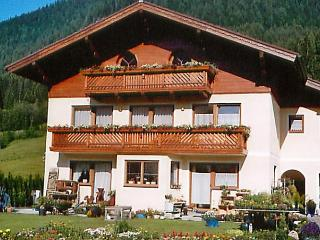 Edi´s - Saint Martin am Tennengebirge vacation rentals