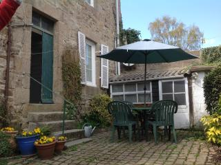 Perfect Location in charming old town - Paimpol vacation rentals