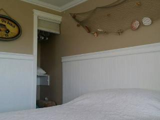 Peaceful Little Cottage with Great Views - Morro Bay vacation rentals