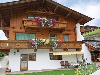 Comfortable 2 bedroom Apartment in Neustift im Stubaital - Neustift im Stubaital vacation rentals