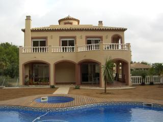 """""""Alta Vista""""  A luxury villa sleeps max. 10 - Vandellos vacation rentals"""