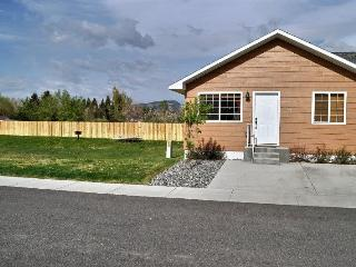 Beautiful 2 bedroom Cody House with Internet Access - Cody vacation rentals