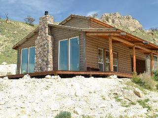 Nice 3 bedroom Cody House with Fireplace - Cody vacation rentals