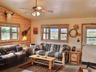 Charming 1 bedroom Cody House with DVD Player - Cody vacation rentals