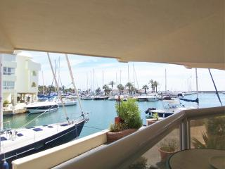 Great Apt  in Benalmadena Marina 'Las Islas' Wifi - Benalmadena vacation rentals