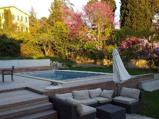 Fabulous for family with teens - all by foot - Aix-en-Provence vacation rentals