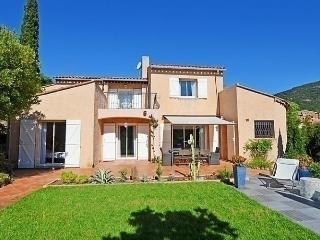 Sunny 3 bedroom House in Cavalaire-Sur-Mer with Internet Access - Cavalaire-Sur-Mer vacation rentals