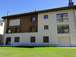 Bright 2 bedroom Apartment in Maloja - Maloja vacation rentals