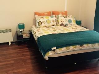 5 bedroom House with Long Term Rentals Allowed in Wallaroo - Wallaroo vacation rentals