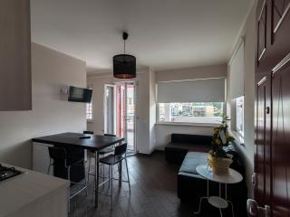 alloggi luminosi  a pochi passi dal centro - Ladispoli vacation rentals