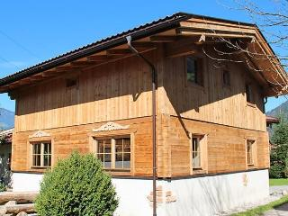 Spacious 5 bedroom House in Kaltenbach with Short Breaks Allowed - Kaltenbach vacation rentals