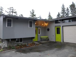 Bright 2 bedroom House in Mount Desert with Deck - Mount Desert vacation rentals