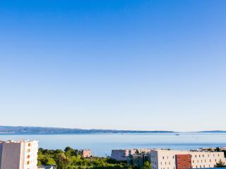 Grand View Split - 5 minute walk to the beach - Split vacation rentals