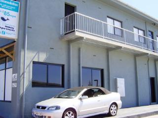 Accommodation in Port Lincoln - Deluxe 1 Bedroom - Port Lincoln vacation rentals