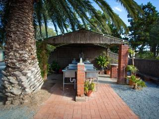 Modra's Apartments - Two Bedroom Apartment - Tumby Bay vacation rentals