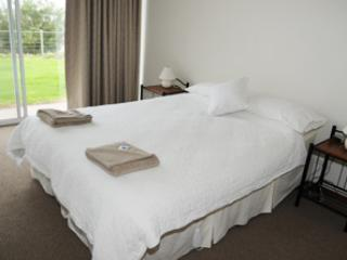Spalding Lodge Units 3 & 5 - Spalding Lodge Unit 3 - Port Lincoln vacation rentals