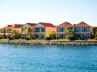 Port Lincoln Marina Townhouses Waterfront Island 4/14 - Port Lincoln vacation rentals