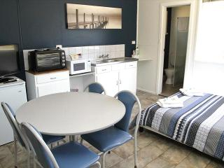 Port Lincoln Caravan Park - Twin Share Cabins - North Shields vacation rentals