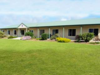 Port Lincoln Lions Club Hostel - Unpowered sites - North Shields vacation rentals