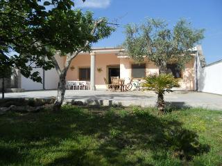 Villa a San Foca Grande Giardino 2 bagni 8 posti - San Foca vacation rentals