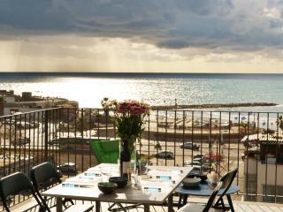 Amazing SEA View Apartment Tel Aviv - Jaffa vacation rentals