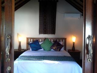 Perfect 1 bedroom Gili Trawangan Bed and Breakfast with Internet Access - Gili Trawangan vacation rentals