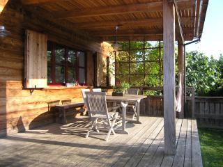 Chalet de charme, vignoble, près Colmar et Vosges - Orschwihr vacation rentals