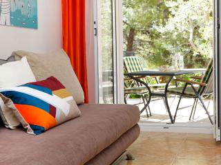Adria 1-groud floor apartment with a large terrace only 3-minute walk from beach - Bol vacation rentals