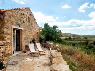 Aldeia da Mata Pequena (2 persons) - Mafra vacation rentals
