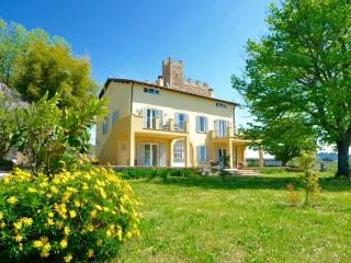 Nice Bed and Breakfast with Internet Access and A/C - Genzano di Roma vacation rentals