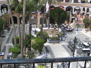 CASA PLAZA CENTRO - Alicante vacation rentals