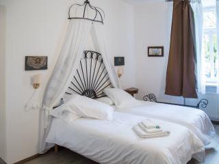 B&B la loggia del castello stanza con bagno vista da cartolina - Trento vacation rentals
