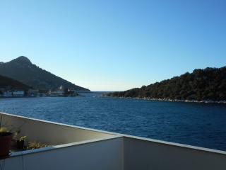 Villa Aragosta Seaview Apartment 1 - Zaklopatica vacation rentals
