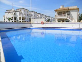 Well Appointed Zenia Sol Apartment in La Zenia - La Zenia vacation rentals