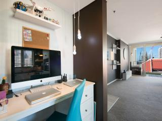 Modern apt in perfect CBD location - Brisbane vacation rentals