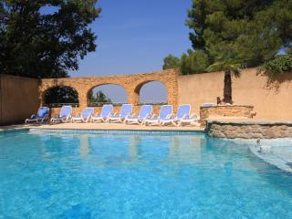 Pousterle Provence, apartment 1 bedroom - Sabran vacation rentals