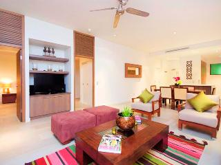 Temple 121 Modern Spacious Palm Cove 2 Brm 2 Bth Resort Apartment With Courtyard - Palm Cove vacation rentals