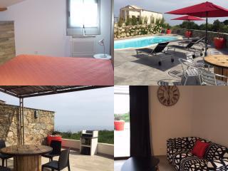 Villa de luxe mitoyenne T2 clim, piscine, wifi - Santa Lucia di Moriani vacation rentals