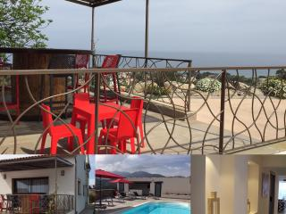 T6  de luxe ,vue mer, piscine, climatisé, wifi - Santa Lucia di Moriani vacation rentals